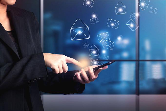 Configurar uma conta de e-mail IMAP no iPhone