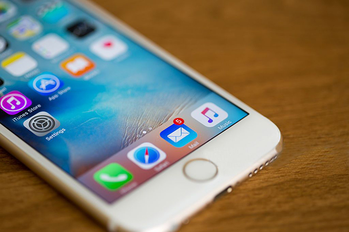 Configurar uma conta de e-mail no iPhone